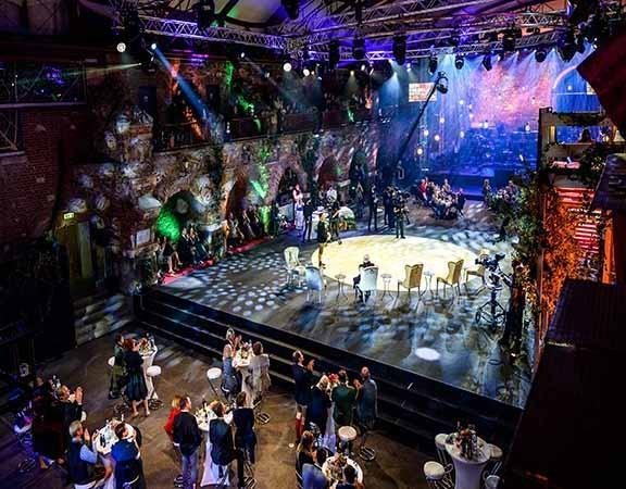 """Aufzeichnung von """"Aufsteirern - die Show der Volkskultur"""" in den Kasematten am Grazer Schloßberg"""