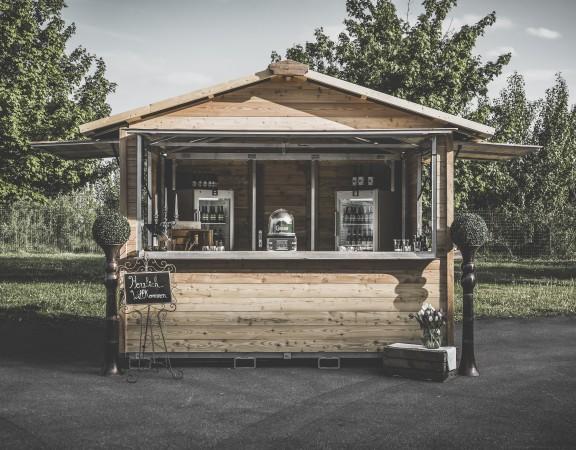QuickUp Hütte-Markthütte_Marktstand_Gastronomiestand_Weihnachtsmarkthütte_Hütte_Hütte_mieten