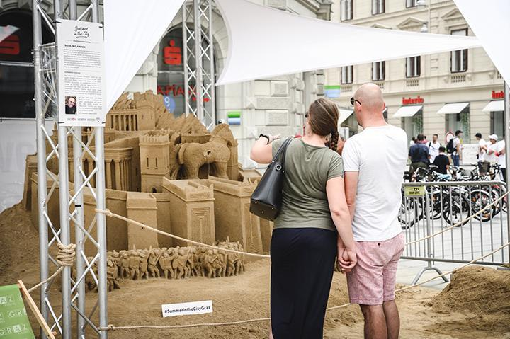 Sandskulptur_Graz_City_Leonardo_Ugolini